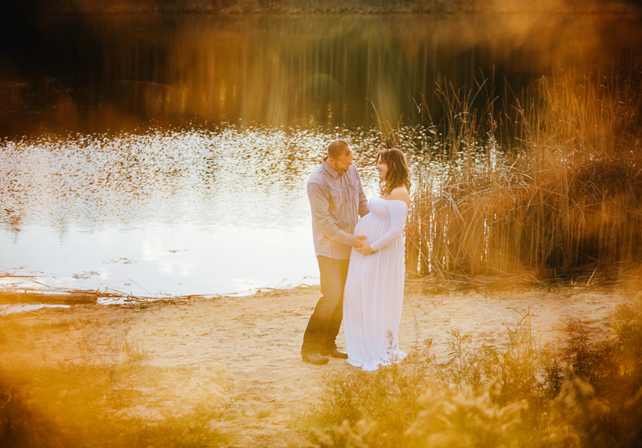 romantic-maternity-woods35.jpg