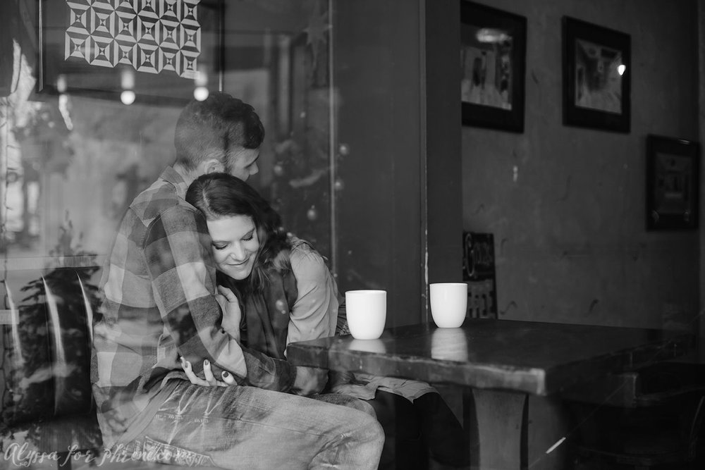 Coffee_shop_Engagement_06.jpg