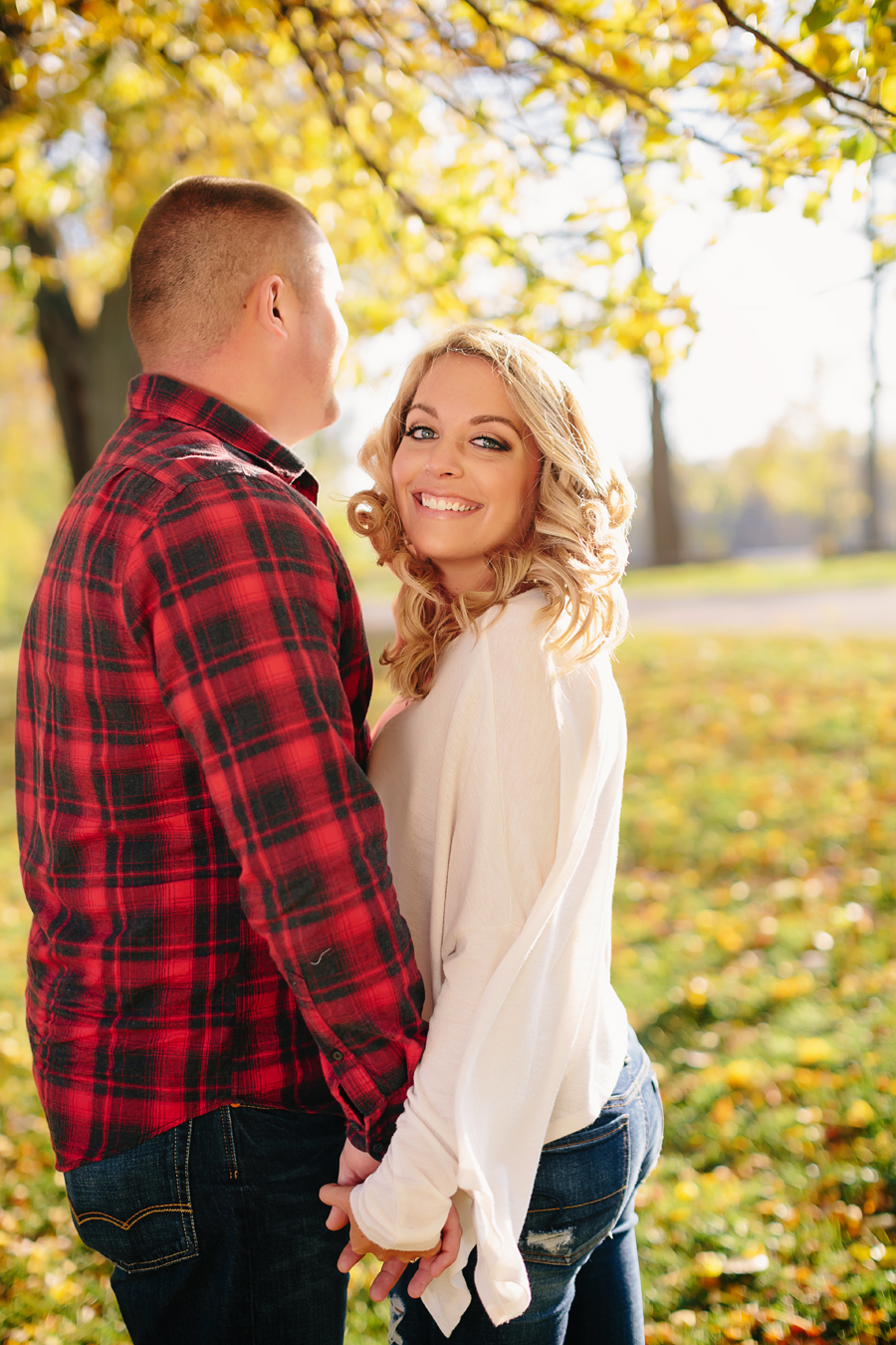 Grand-Rapids-fall-engagement02.jpg