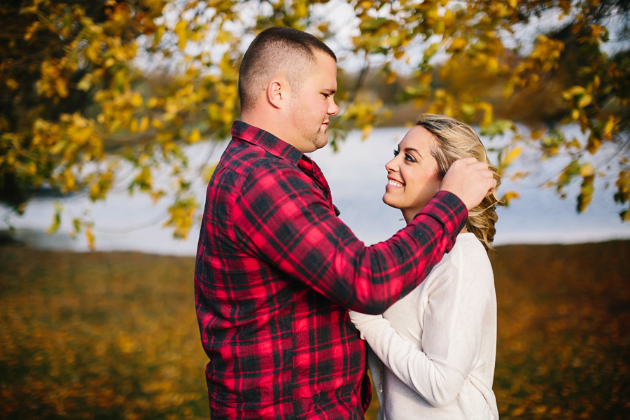 Grand-Rapids-fall-engagement06.jpg