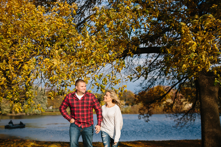 Grand-Rapids-fall-engagement05.jpg