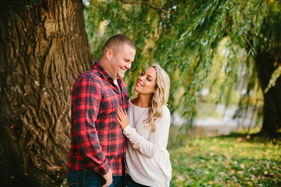 Grand-Rapids-fall-engagement14.jpg