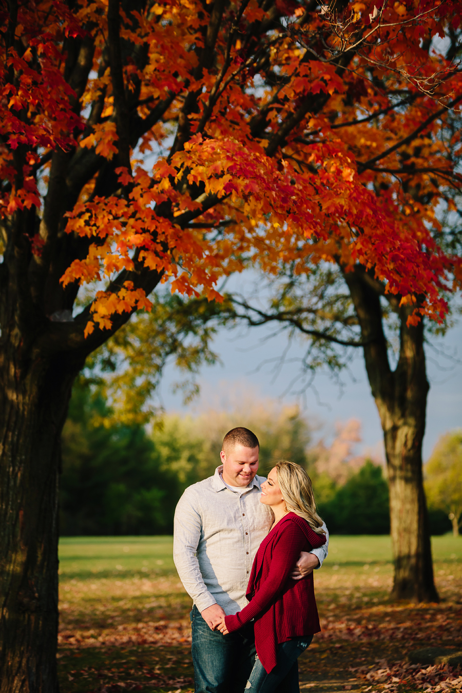 Grand-Rapids-fall-engagement22.jpg