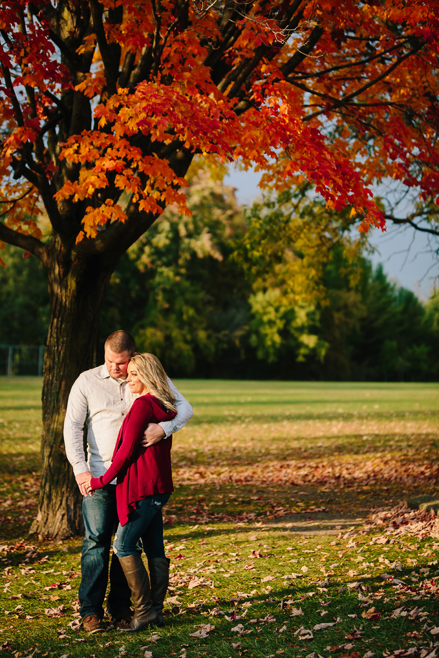Grand-Rapids-fall-engagement21.jpg