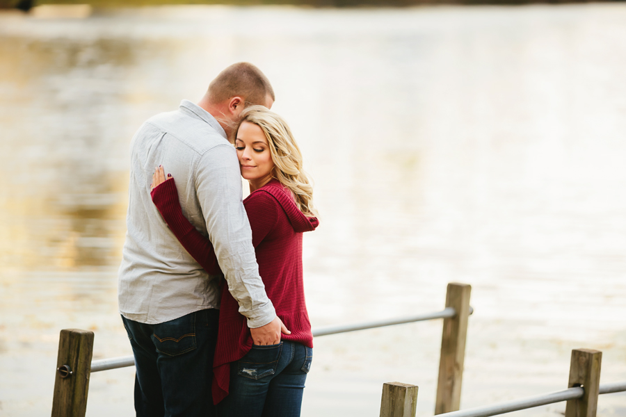 Grand-Rapids-fall-engagement25.jpg