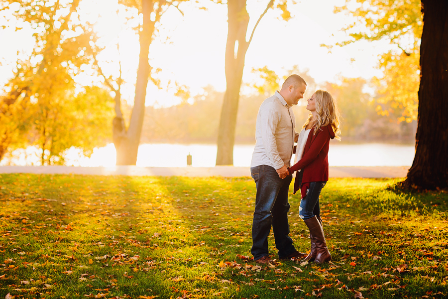 Grand-Rapids-fall-engagement35.jpg