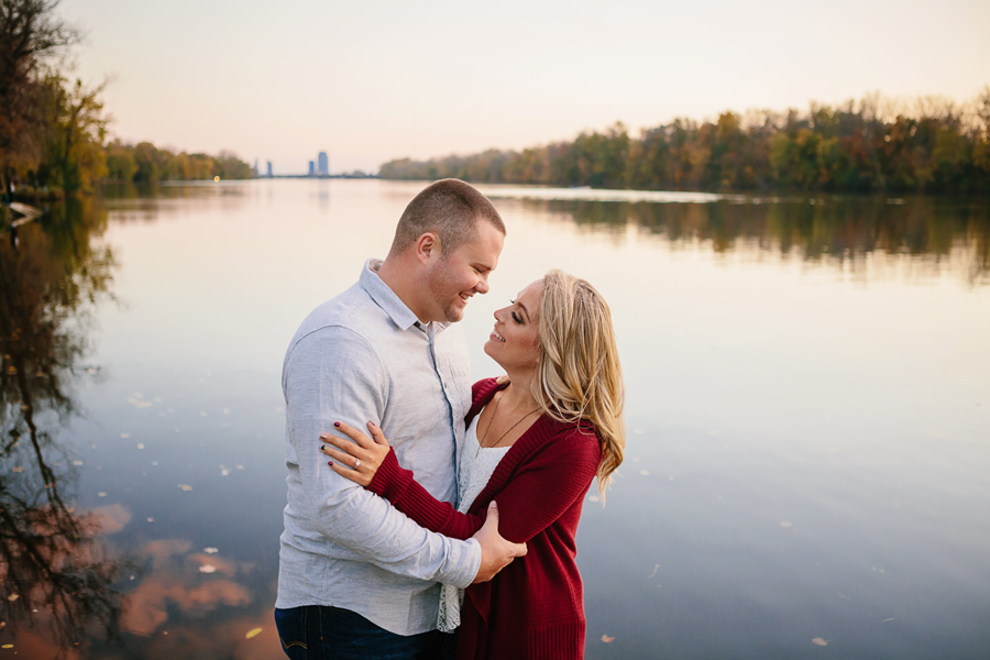 Grand-Rapids-fall-engagement44.jpg