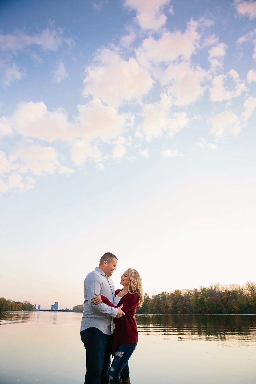 Grand-Rapids-fall-engagement45.jpg