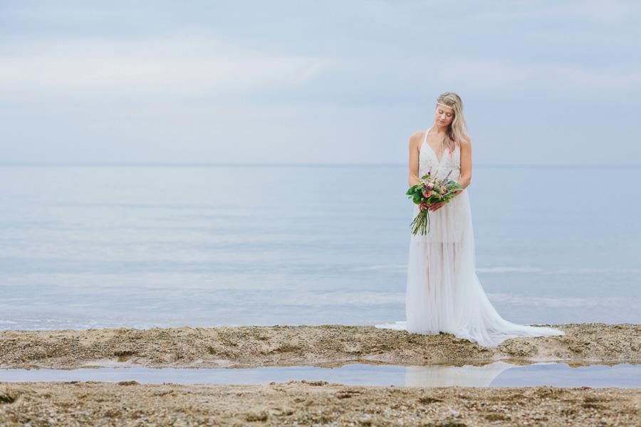 Bohemian-Lake-Michigan-Beach-Wedding046.jpg