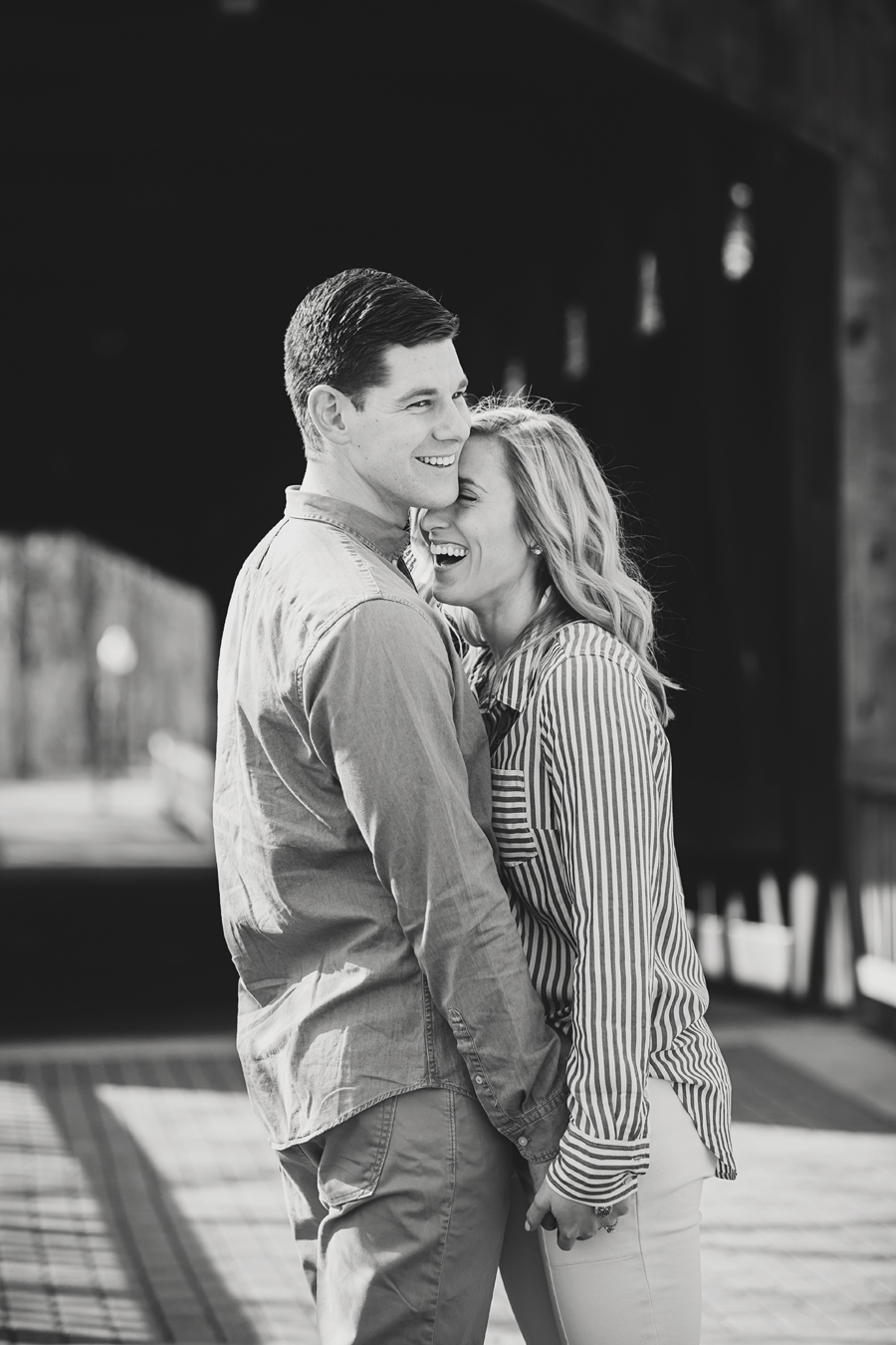 engagement-photography-downtown-grand-rapids23.jpg