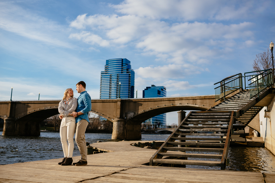 engagement-photography-downtown-grand-rapids43.jpg