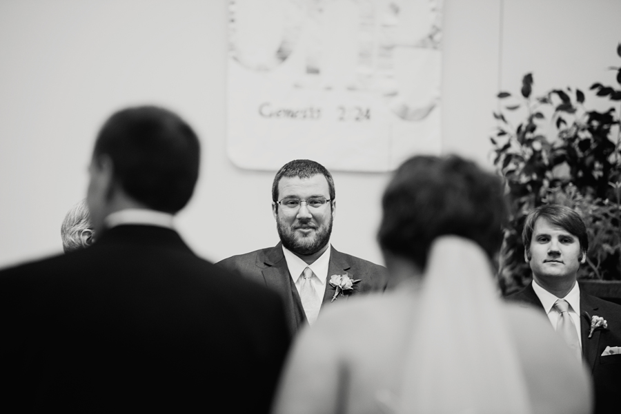 Grand_Rapids_Spring_Wedding_Photographer_Prairie_Wolf_Park_036.jpg