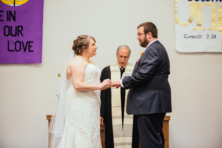 Grand_Rapids_Spring_Wedding_Photographer_Prairie_Wolf_Park_040.jpg
