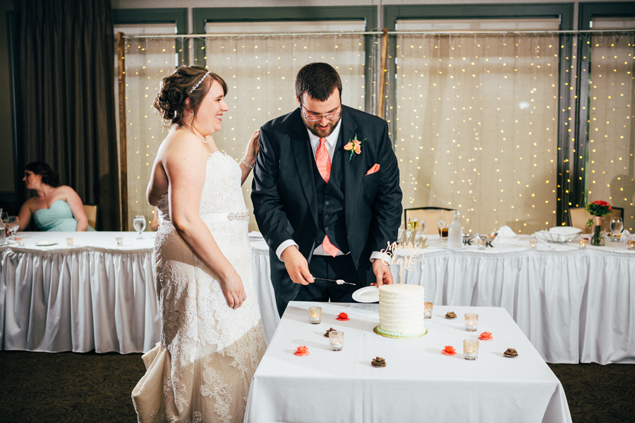 Grand_Rapids_Spring_Wedding_Photographer_Prairie_Wolf_Park_086.jpg