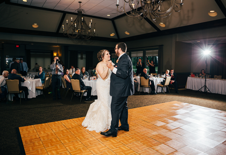 Grand_Rapids_Spring_Wedding_Photographer_Prairie_Wolf_Park_088.jpg