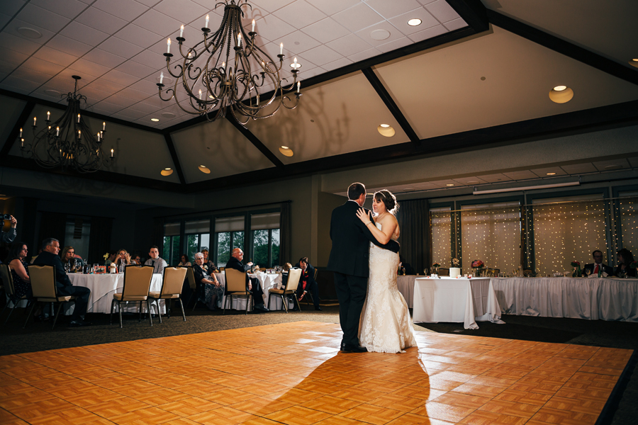 Grand_Rapids_Spring_Wedding_Photographer_Prairie_Wolf_Park_091.jpg