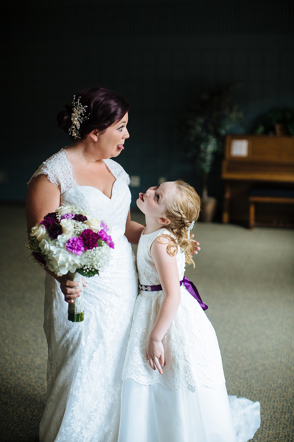 purple_Grand_Rapids_wedding_photography023.jpg