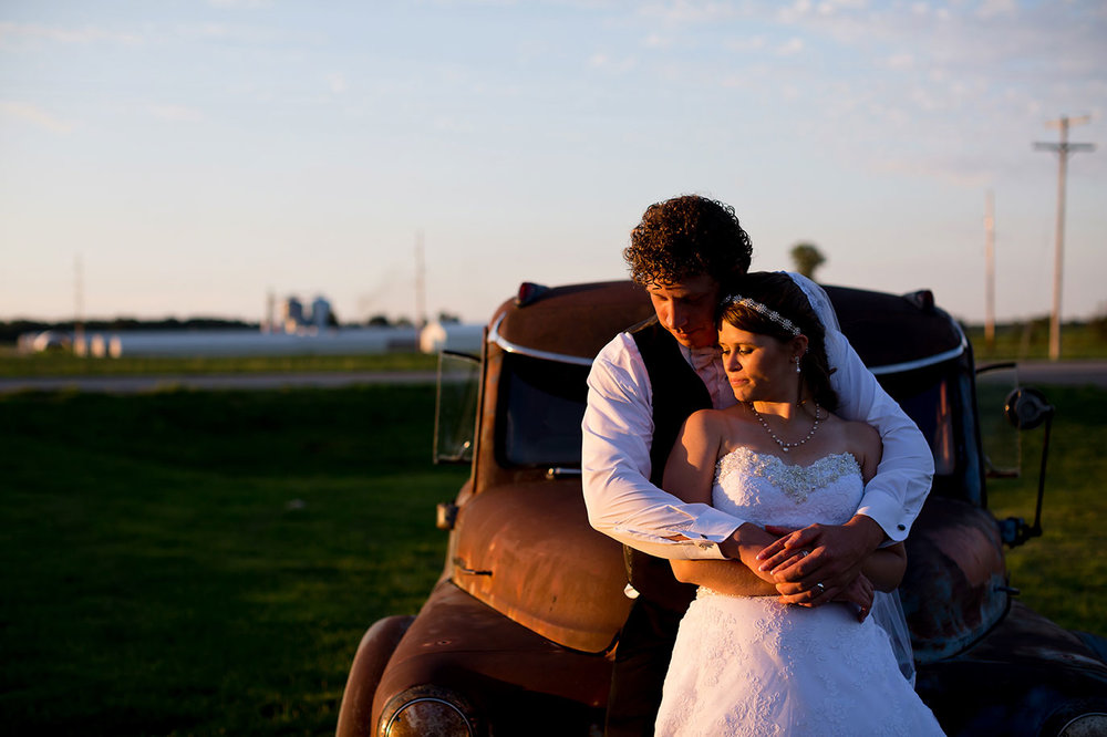 Centennial_Barn_Wedding_001.jpg