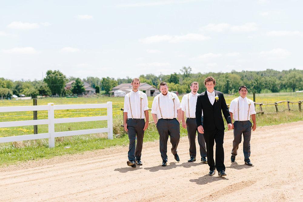 Centennial_Barn_Wedding_015.jpg