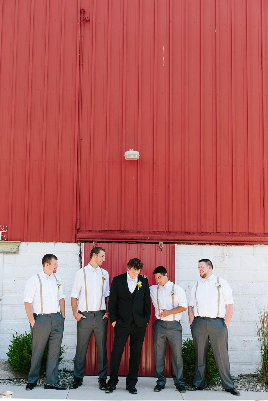Centennial_Barn_Wedding_016.jpg