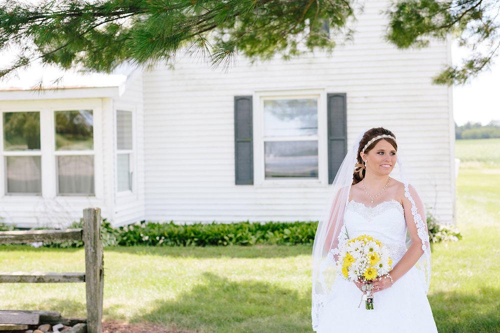 Centennial_Barn_Wedding_035.jpg