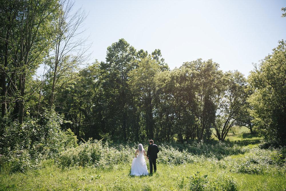Centennial_Barn_Wedding_075.jpg