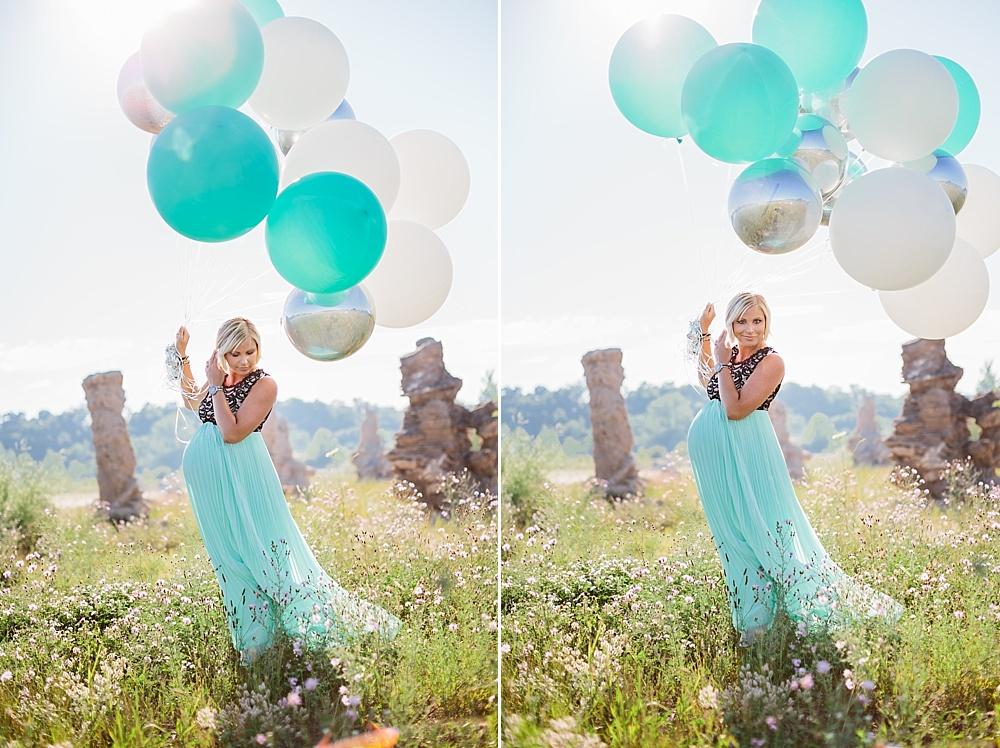 Balloon_Desert_Maternity_Photography01.jpg