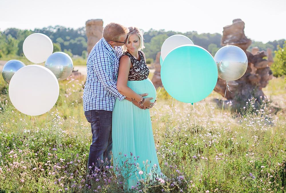 Balloon_Desert_Maternity_Photography07.jpg