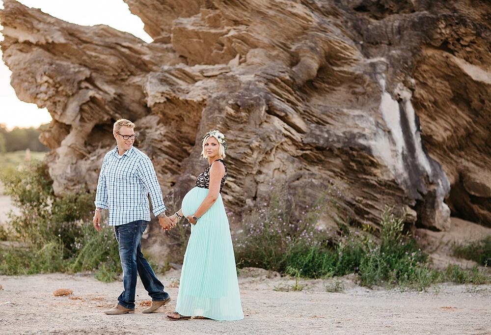 Balloon_Desert_Maternity_Photography31.jpg