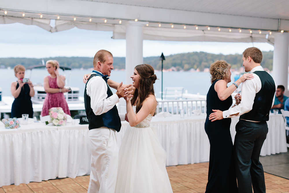 Bay_Pointe_Inn_Wedding_088.jpg