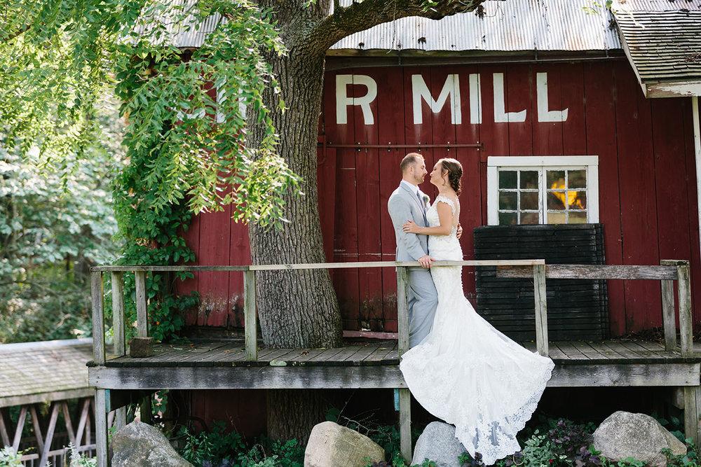 Bowens_Mills_Wedding_075.jpg