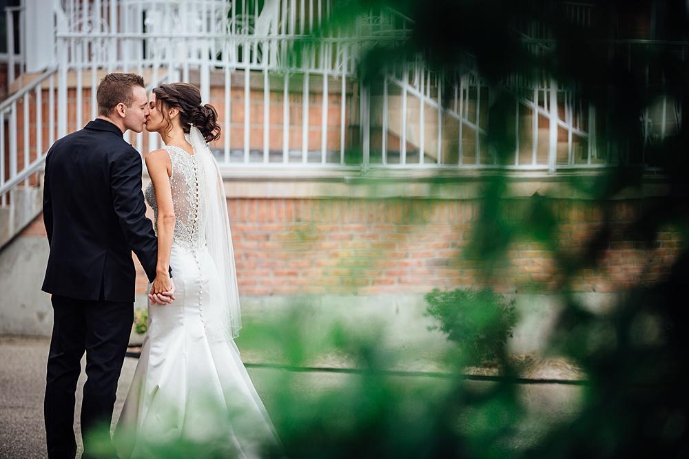 KalamazooCountryClub_Wedding_Photography025.jpg