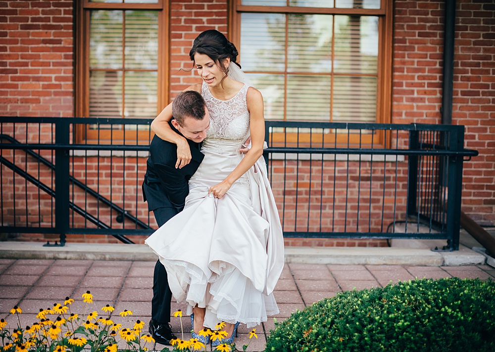 KalamazooCountryClub_Wedding_Photography032.jpg