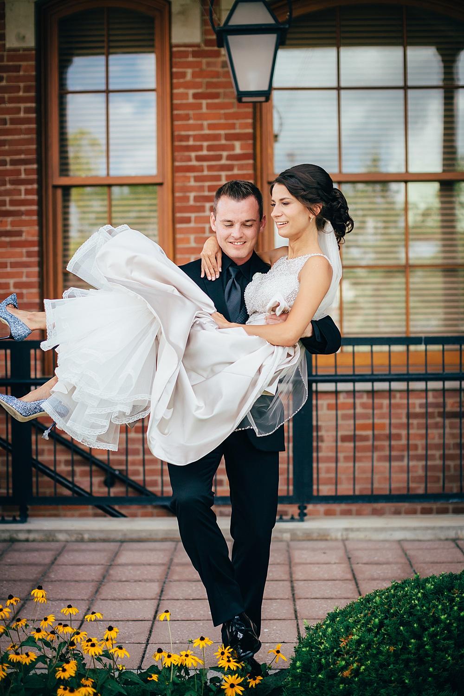 KalamazooCountryClub_Wedding_Photography033.jpg