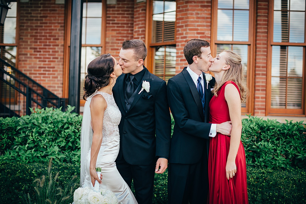 KalamazooCountryClub_Wedding_Photography047.jpg