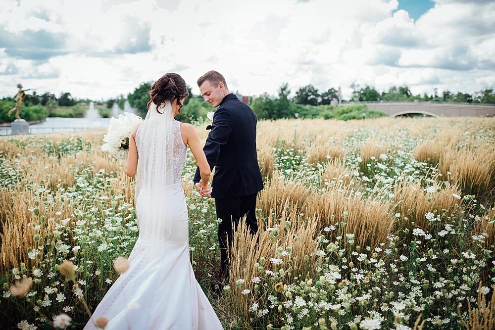 KalamazooCountryClub_Wedding_Photography051.jpg