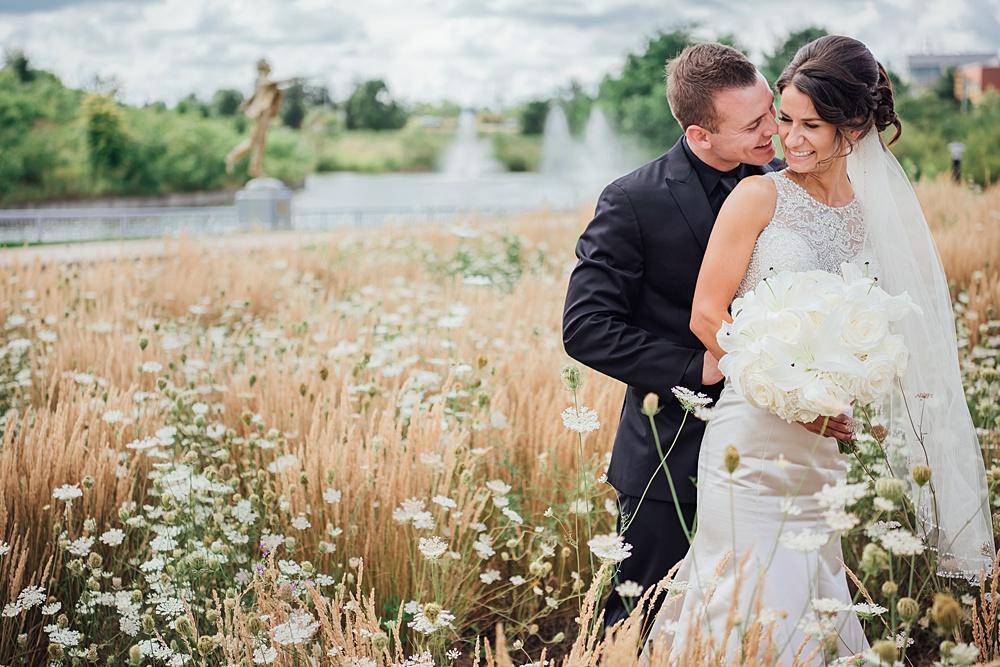 KalamazooCountryClub_Wedding_Photography055.jpg