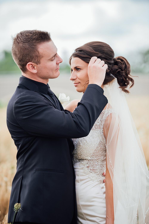 KalamazooCountryClub_Wedding_Photography058.jpg