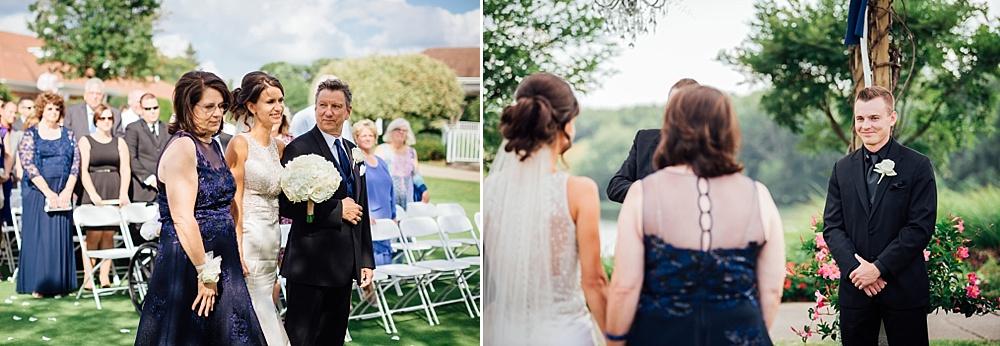 KalamazooCountryClub_Wedding_Photography076.jpg