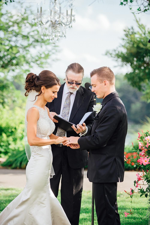 KalamazooCountryClub_Wedding_Photography085.jpg
