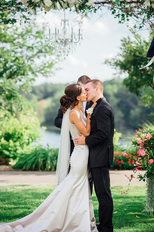 KalamazooCountryClub_Wedding_Photography087.jpg