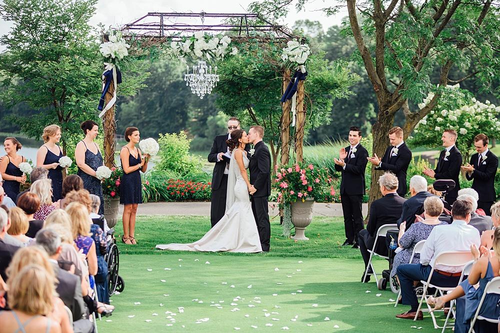 KalamazooCountryClub_Wedding_Photography086.jpg