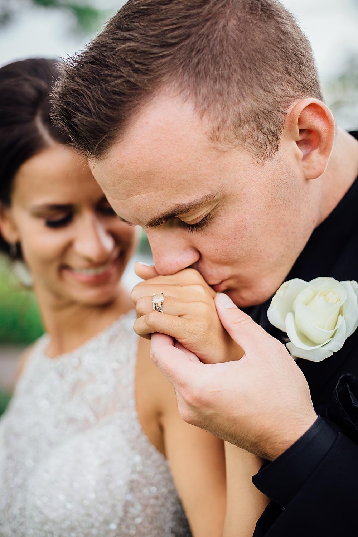KalamazooCountryClub_Wedding_Photography098.jpg