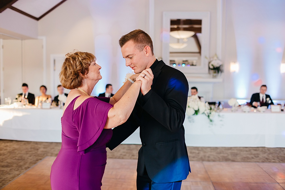 KalamazooCountryClub_Wedding_Photography122.jpg