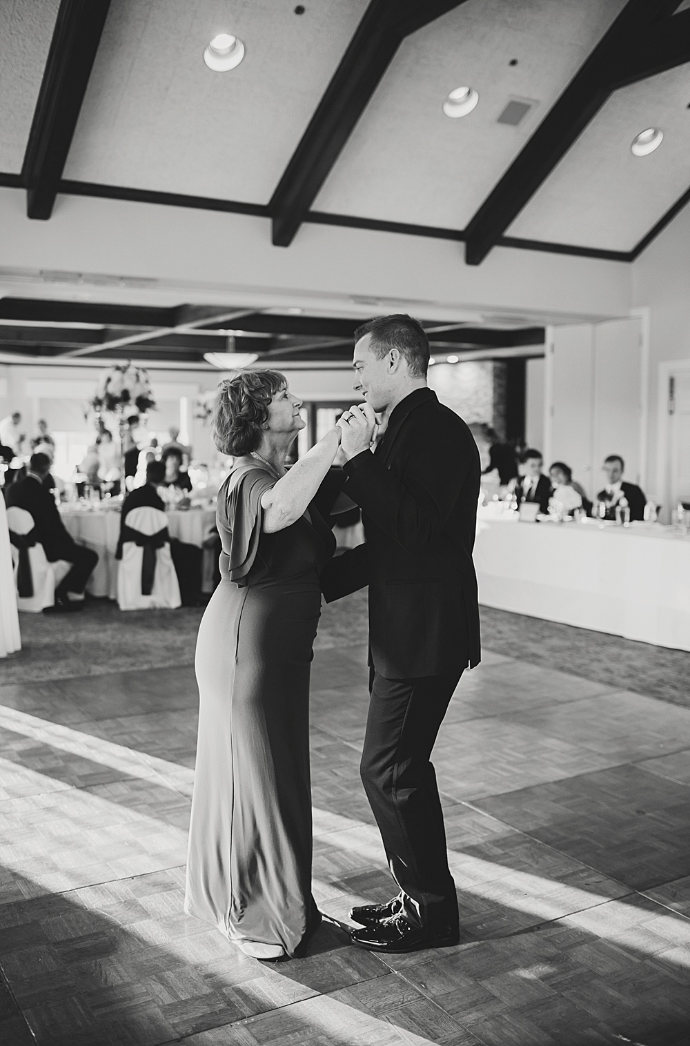 KalamazooCountryClub_Wedding_Photography124.jpg
