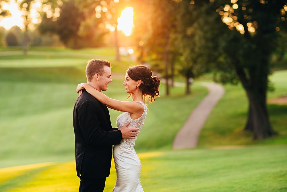 KalamazooCountryClub_Wedding_Photography140.jpg