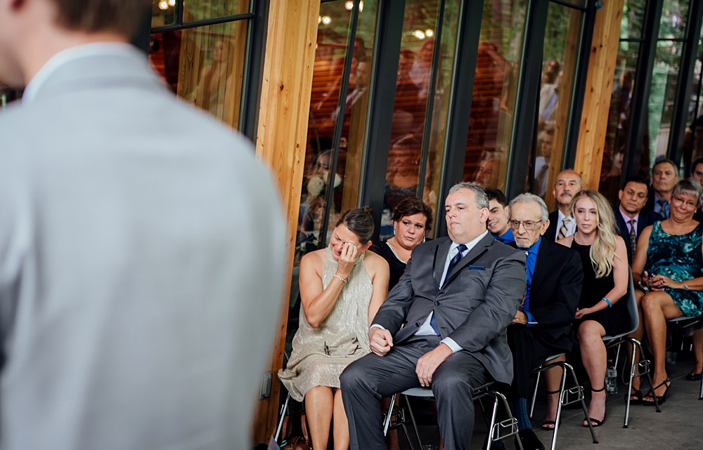 Bissell_Treehouse_Wedding_photography093.jpg