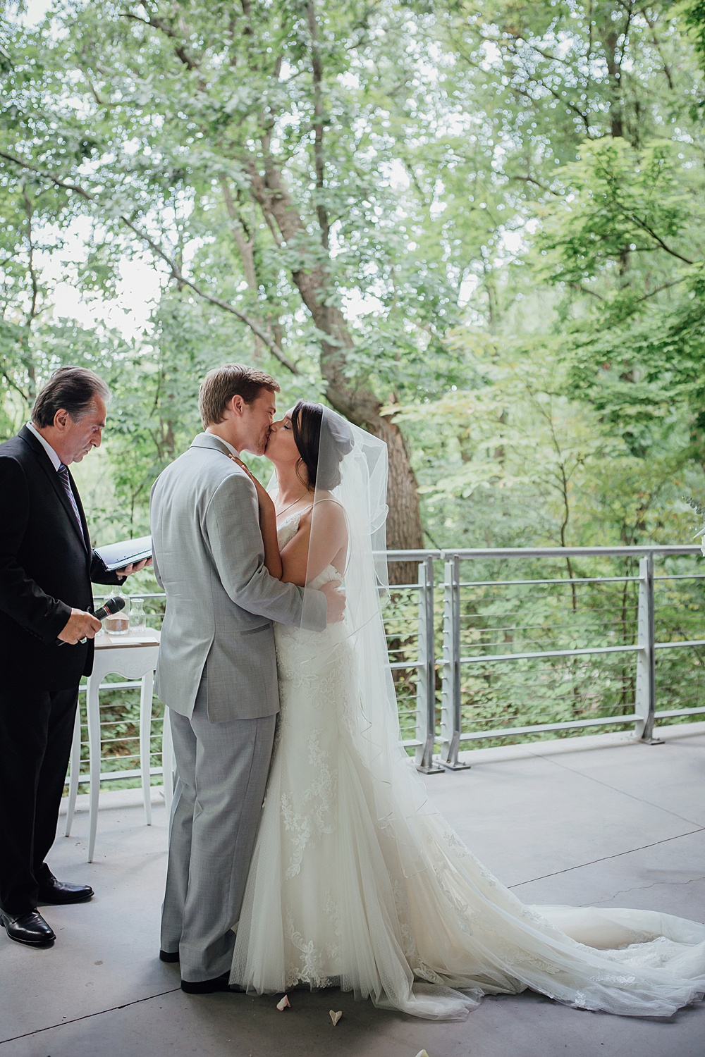 Bissell_Treehouse_Wedding_photography102.jpg