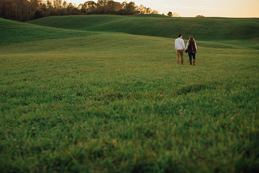 fall_apple_orchard_engagement-photography051.jpg