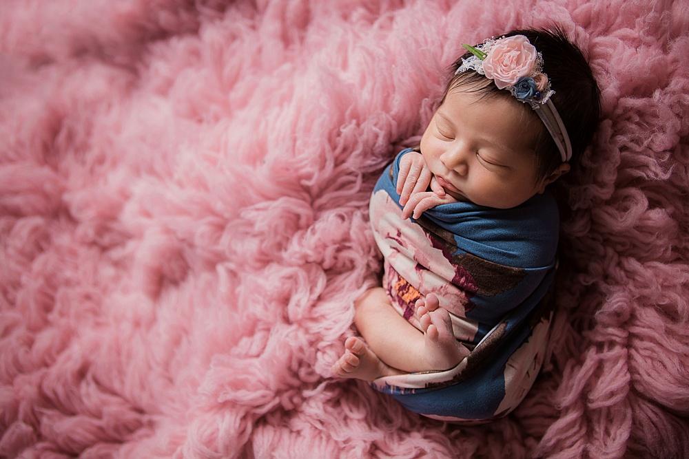 vibrant-colors- newborn-photography04.jpg